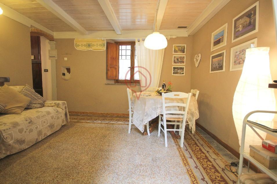 Bilocale Lucca Via Sant' Anastasio 5