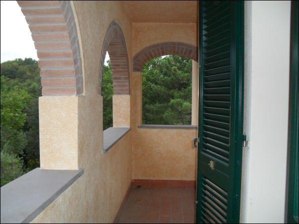 Bilocale Pontedera Piazza Martiri Della Libertà 20 1