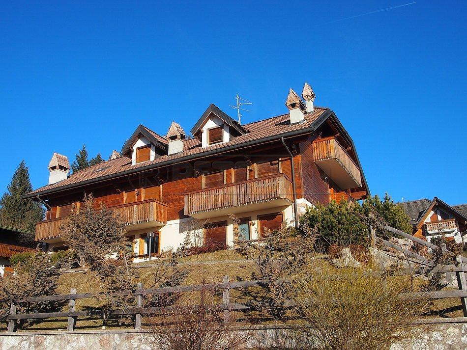 Appartamento in vendita a Roana, 3 locali, prezzo € 119.000   Cambio Casa.it