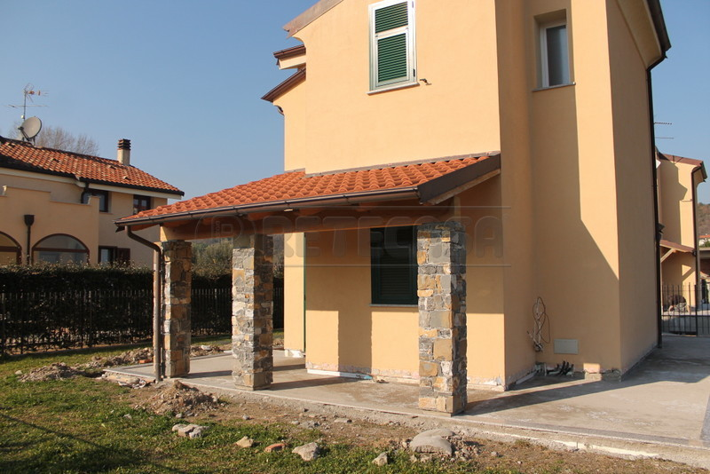 Villa a Schiera in vendita a Villanova d'Albenga, 5 locali, prezzo € 275.000 | Cambio Casa.it