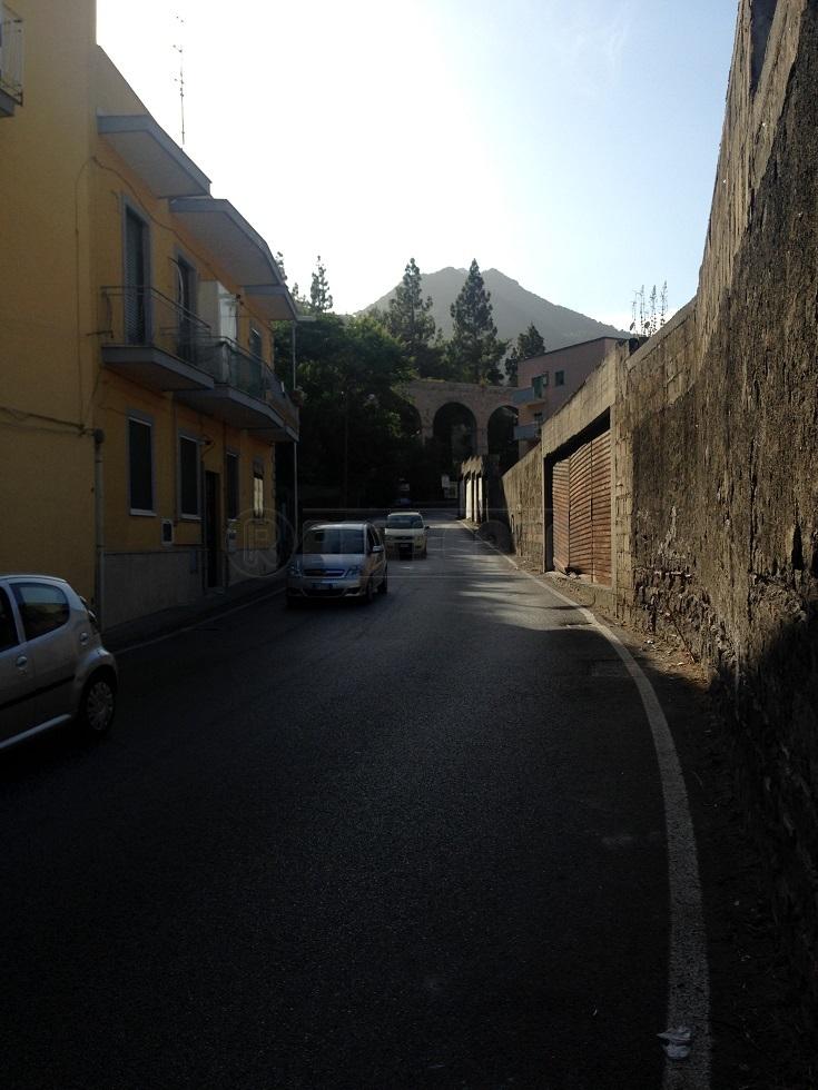 Bilocale Salerno Via Dei Casali 27 12