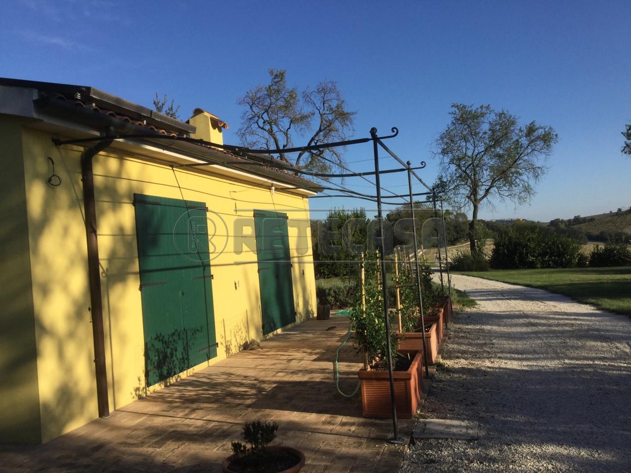 Appartamento in affitto a Ancona, 1 locali, prezzo € 500 | Cambio Casa.it