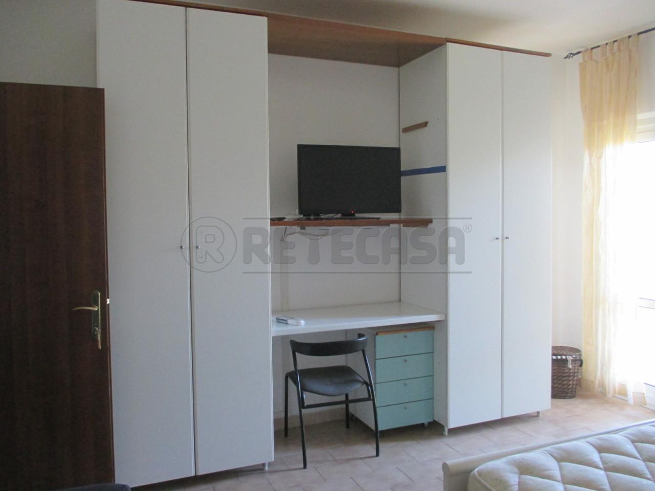 Appartamento in affitto a Senigallia, 2 locali, prezzo € 350 | Cambio Casa.it