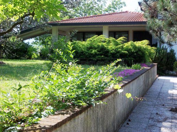 Villa in vendita a Montecchio Maggiore, 8 locali, Trattative riservate | Cambio Casa.it