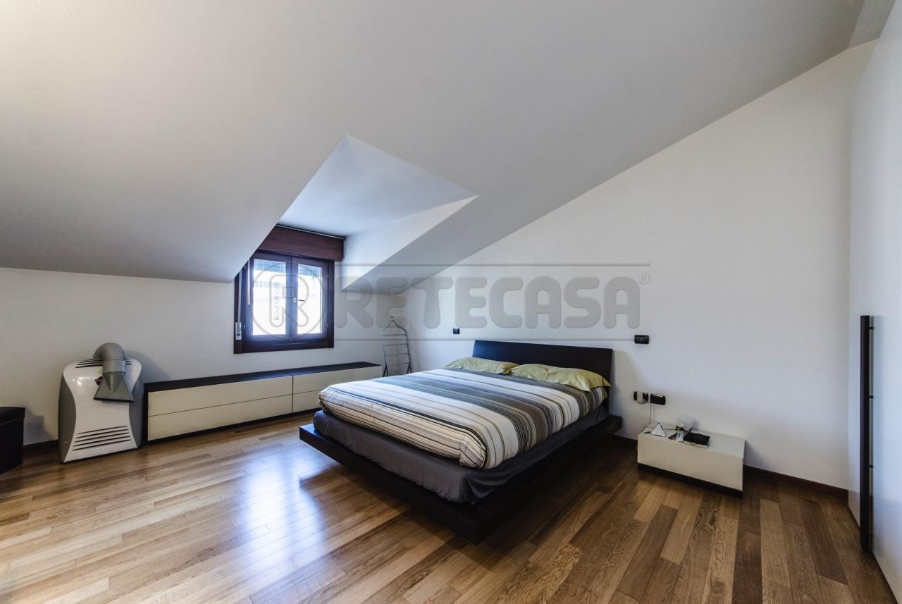Appartamento in vendita a Pianiga, 4 locali, prezzo € 135.000 | Cambio Casa.it