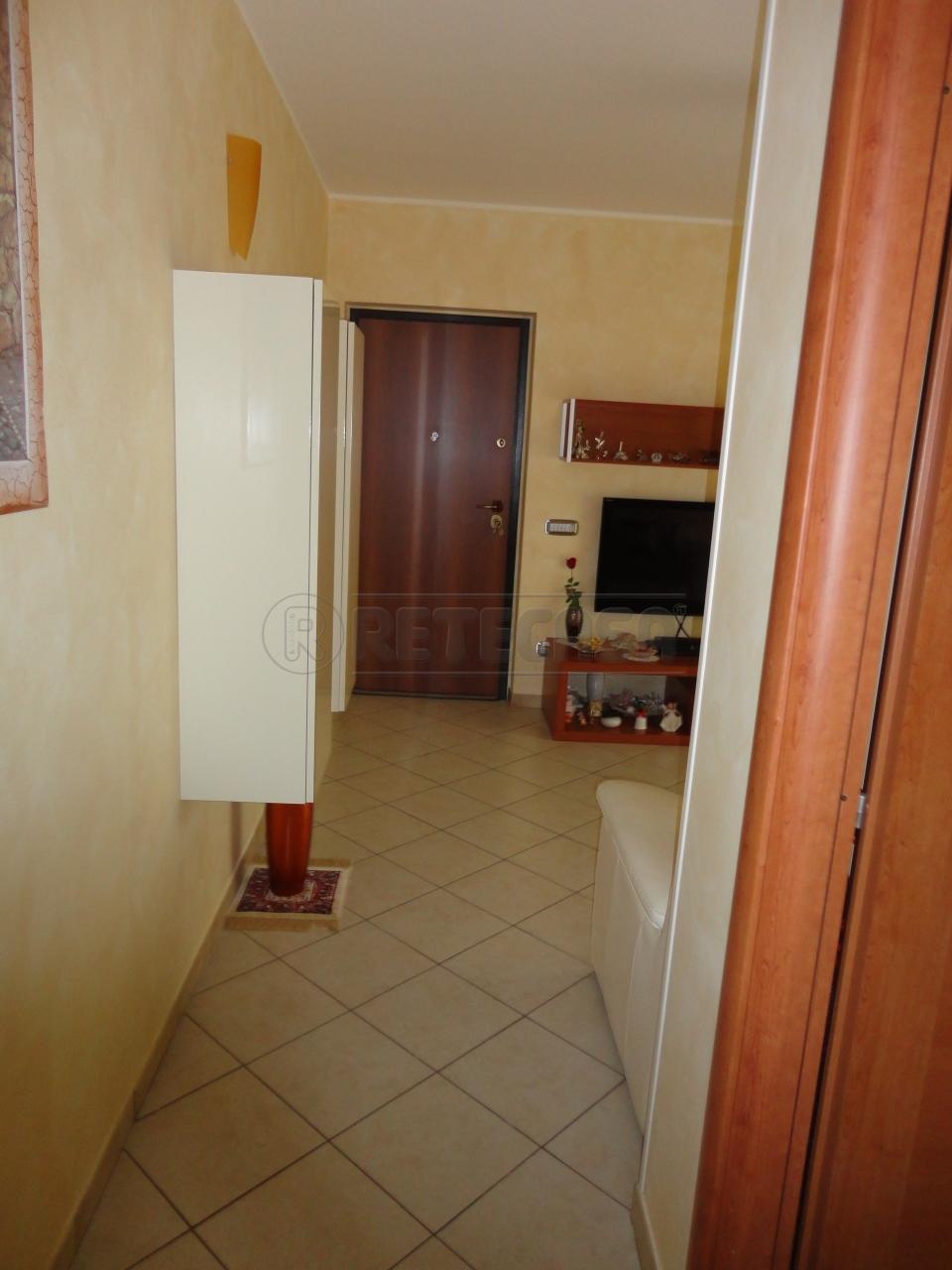 Trilocale in vendita a Catanzaro in Via Friuli
