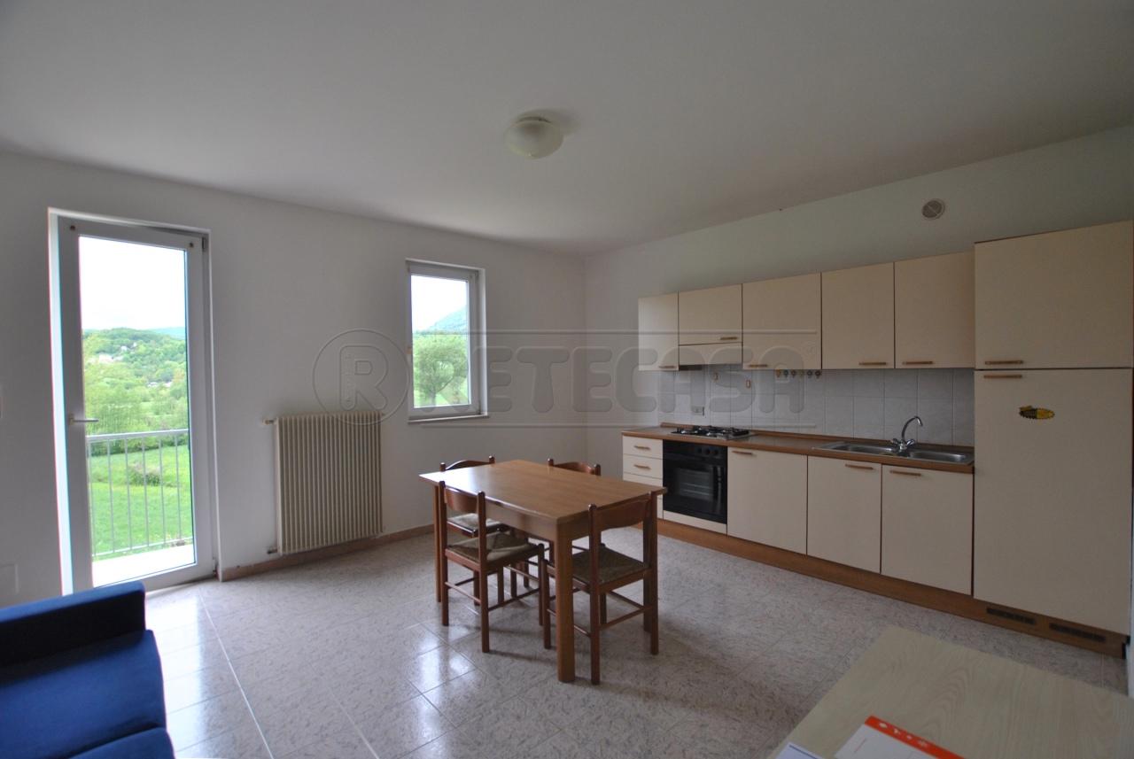 Appartamento in affitto a Cornedo Vicentino, 9999 locali, prezzo € 360 | Cambio Casa.it