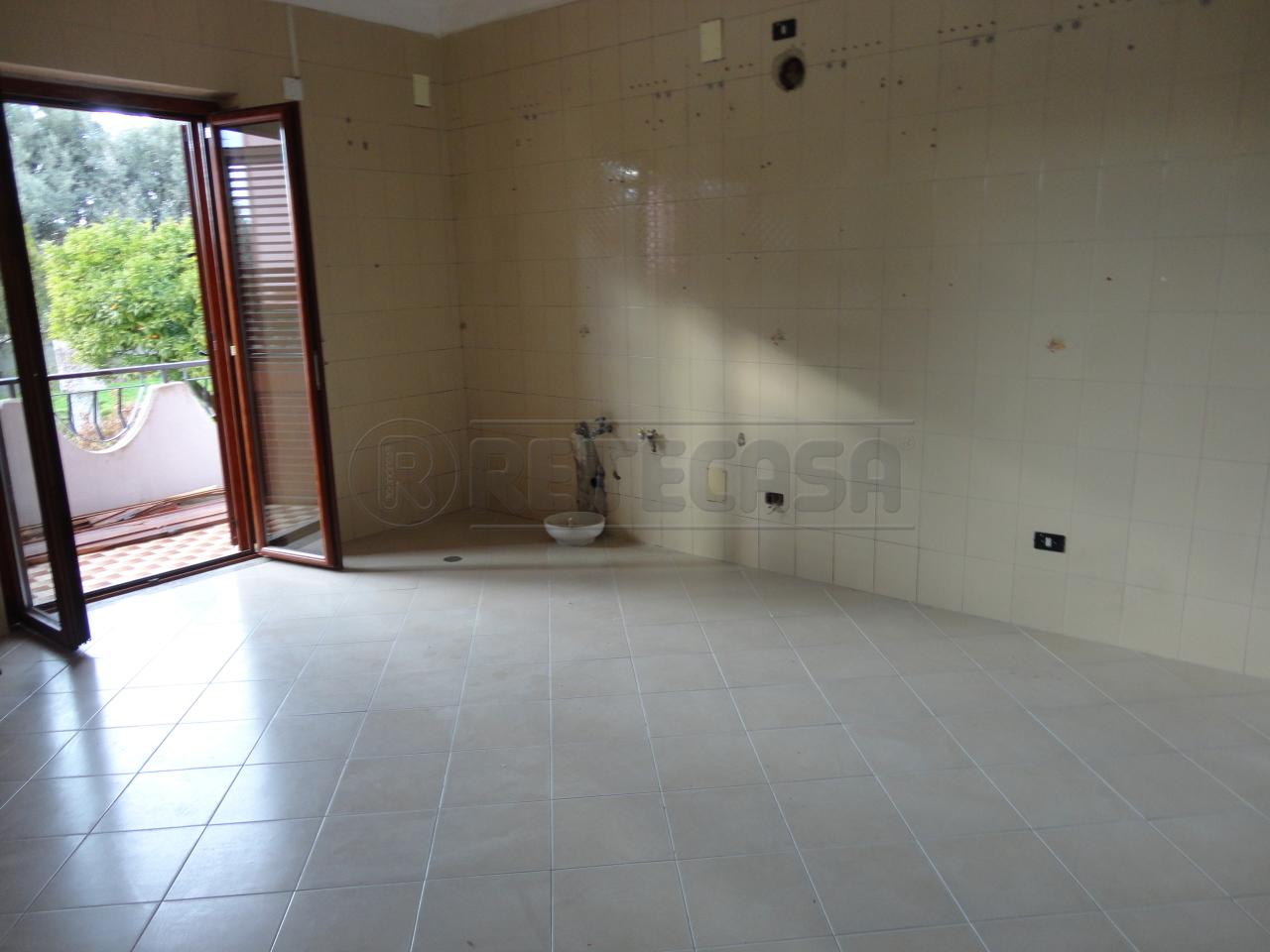 Quadrilocale in affitto - 150 mq