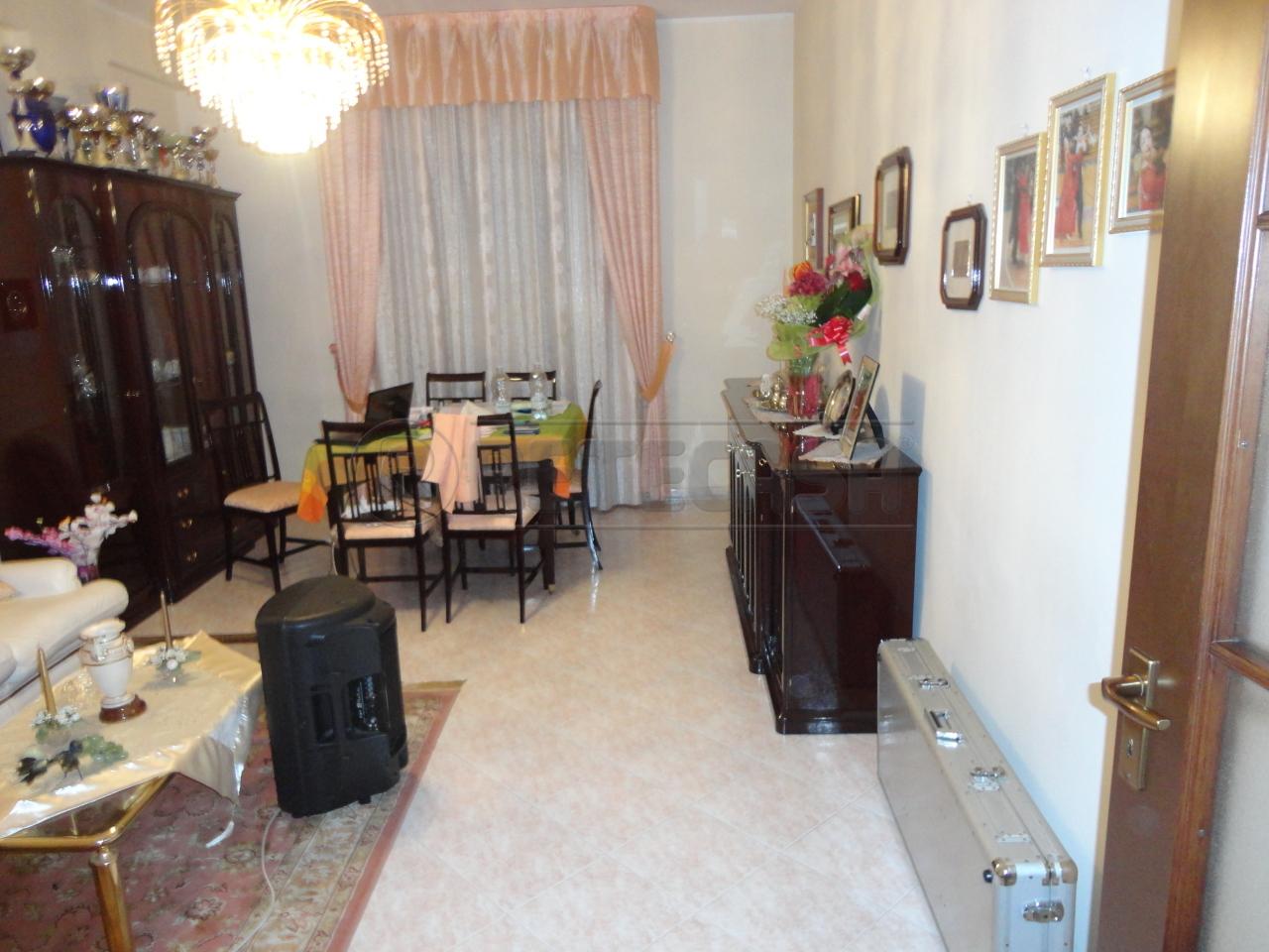 Quadrilocale in vendita a Catanzaro in Via Molise
