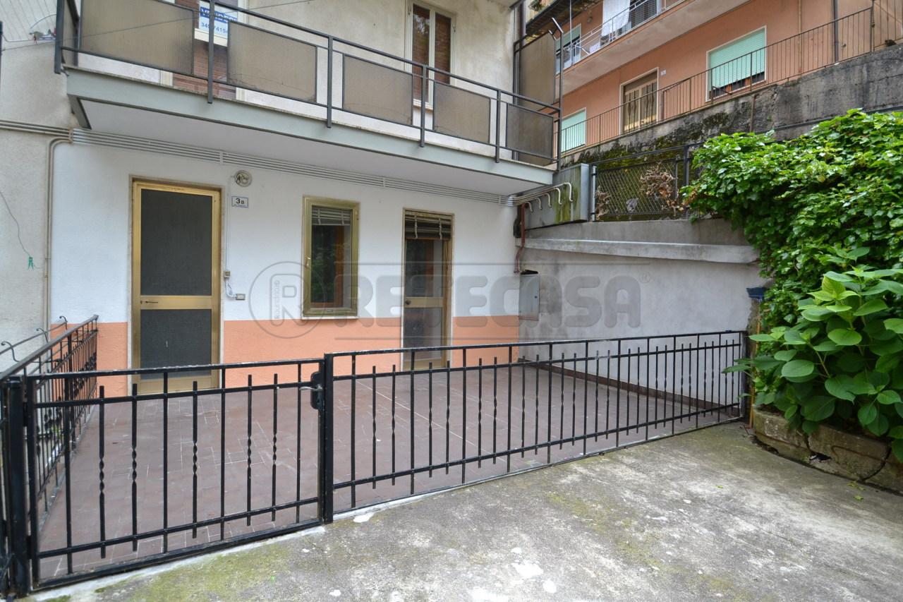 Appartamento in vendita a Recoaro Terme, 6 locali, prezzo € 37.000 | Cambio Casa.it