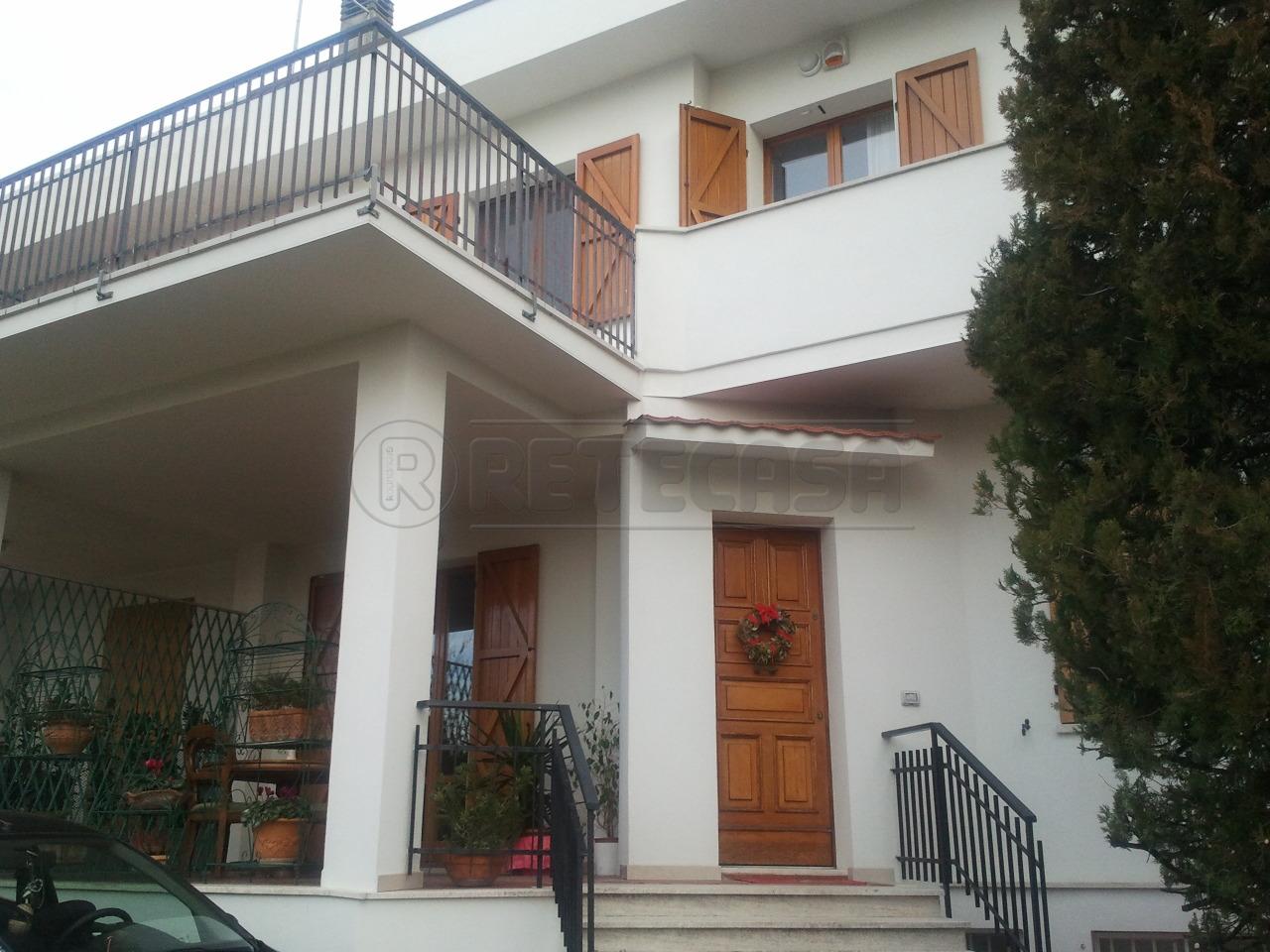 in vendita a Ancona (AN)