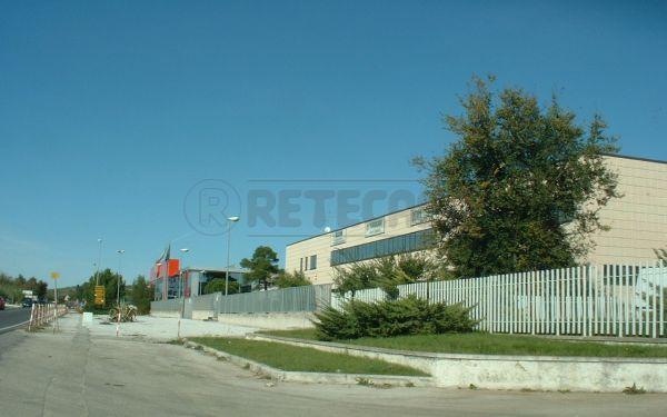 Capannone in affitto a Camerano, 9999 locali, Trattative riservate | Cambio Casa.it