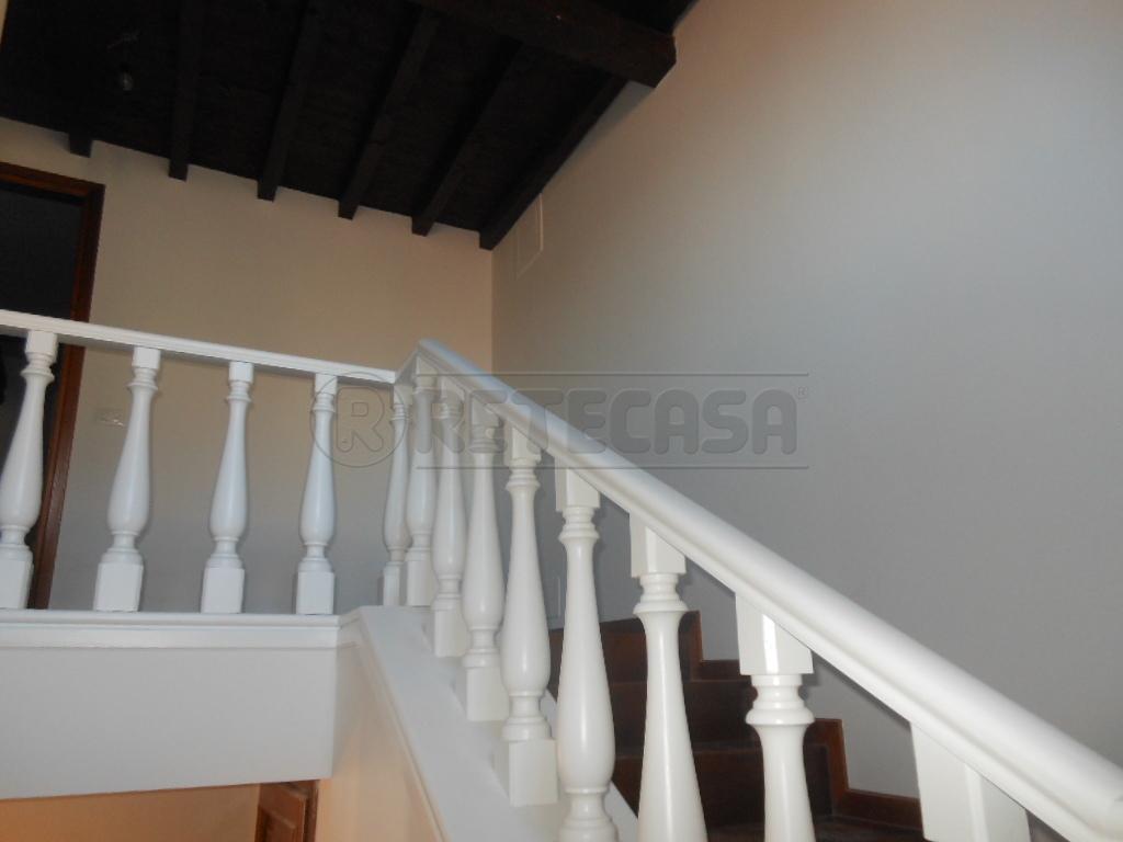 Appartamento in affitto a Bassano del Grappa, 9999 locali, prezzo € 1.000 | Cambio Casa.it