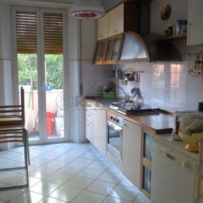 Appartamento in vendita a Ancona, 5 locali, prezzo € 198.000 | Cambio Casa.it
