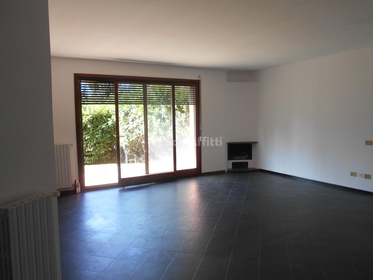 Appartamento in affitto a Carimate (CO)