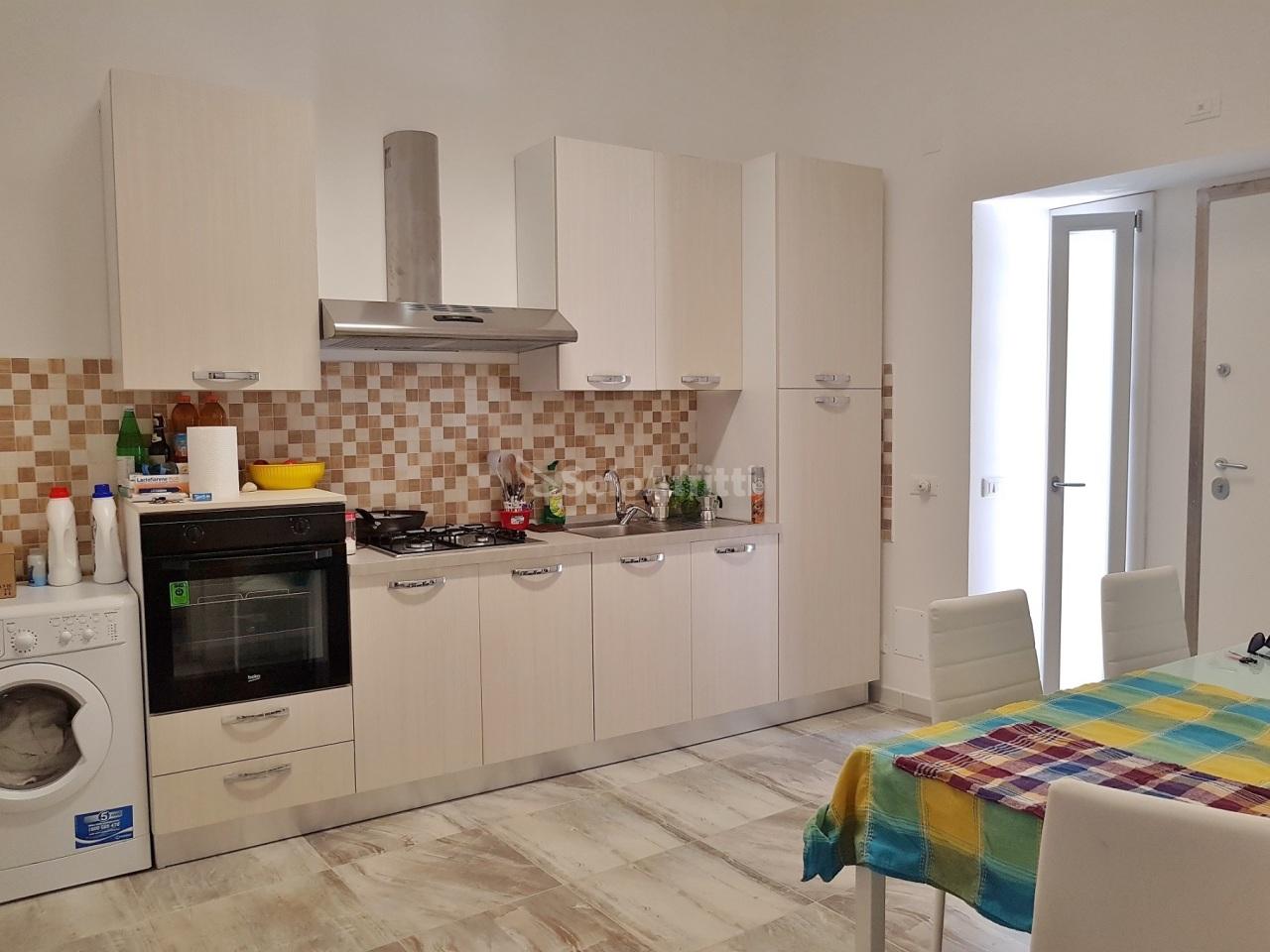 Appartamento, 60 Mq, Affitto - Catanzaro (Catanzaro)