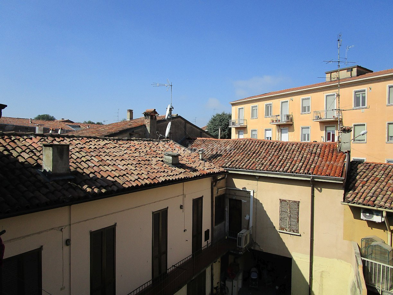 Bilocale Pavia Via Dei Mille 45 10