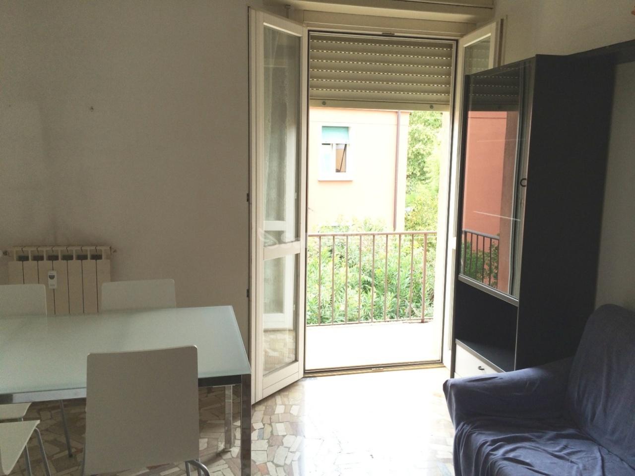 Bilocale Brescia Via Pascoli  9 4