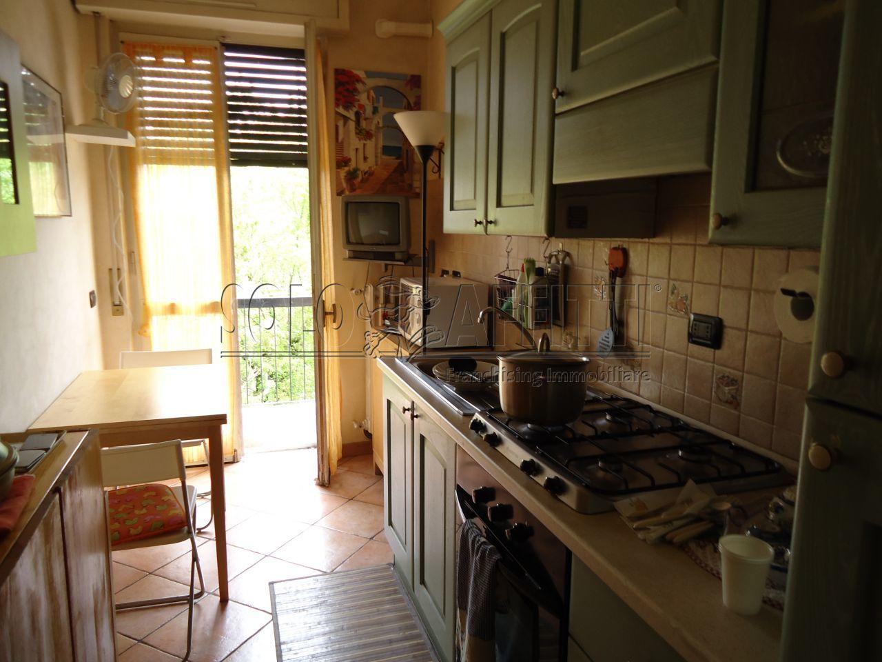Bilocale Rozzano Via Bergamo 4 1