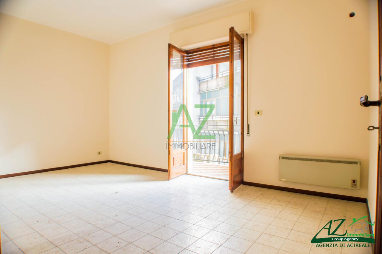 Appartamento in Vendita a Aci Sant'Antonio