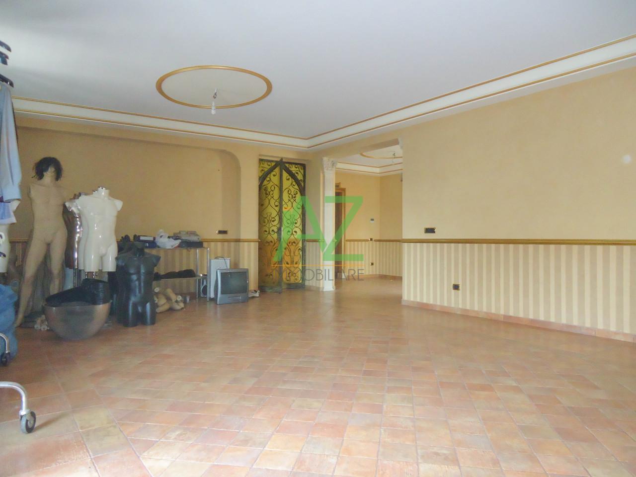 Appartamento in vendita a Aci Catena, 3 locali, prezzo € 115.000 | Cambio Casa.it
