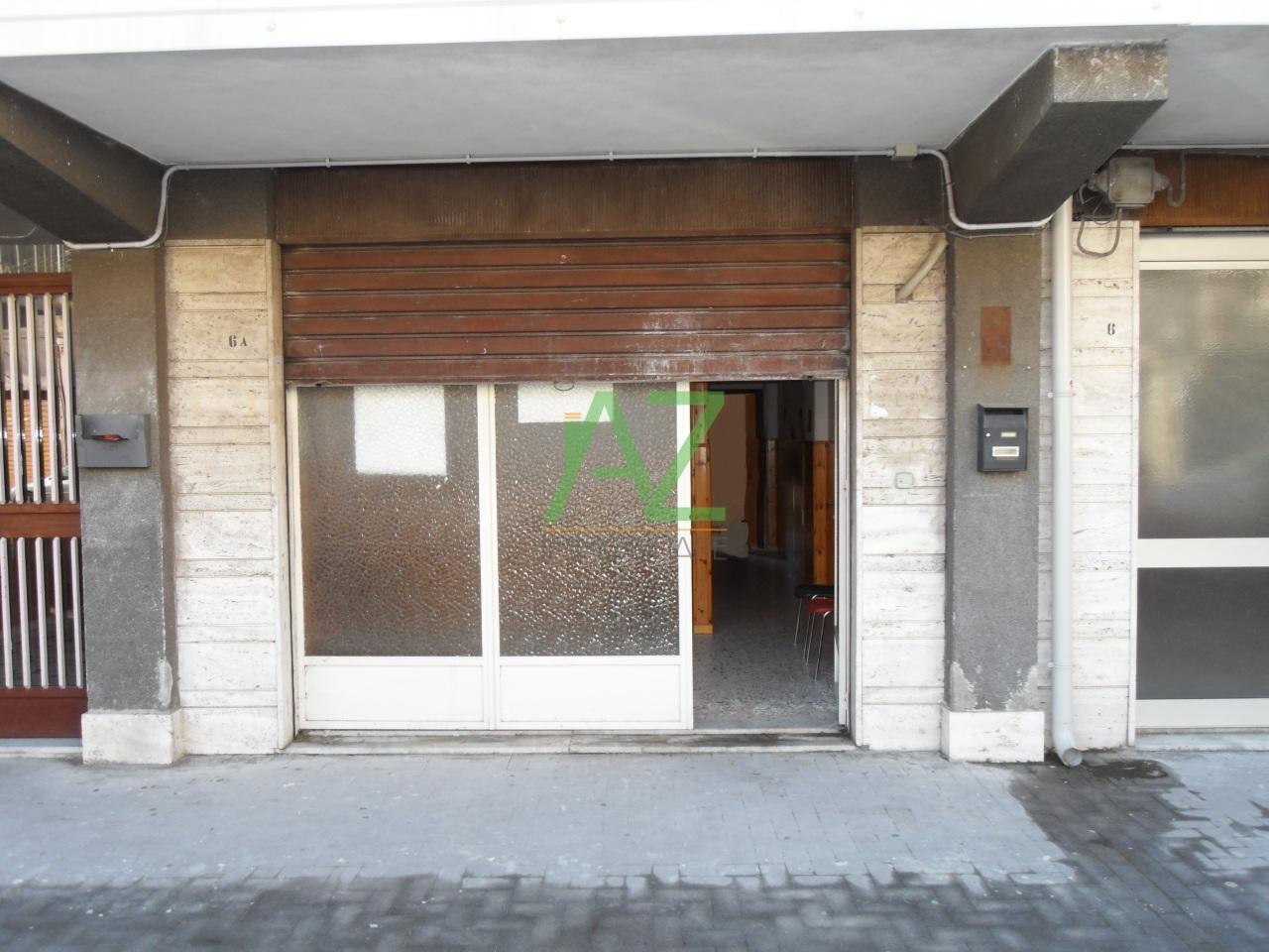 Negozio / Locale in vendita a Belpasso, 9999 locali, prezzo € 50.000 | Cambio Casa.it