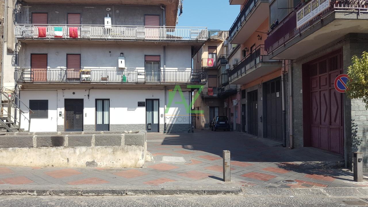 Appartamento in vendita a Misterbianco, 3 locali, prezzo € 70.000 | Cambio Casa.it