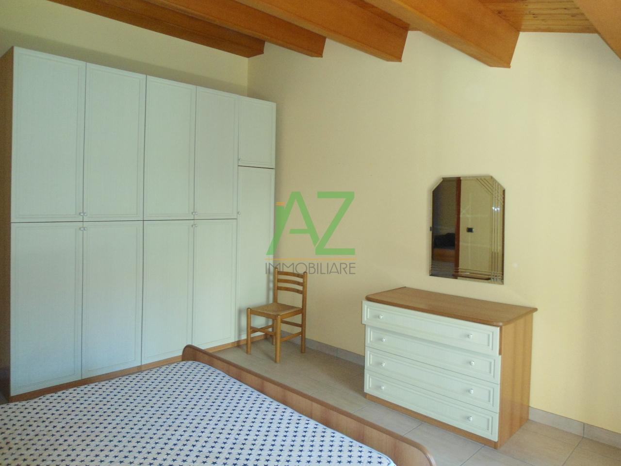 Attico / Mansarda in affitto a Acireale, 3 locali, prezzo € 450 | Cambio Casa.it