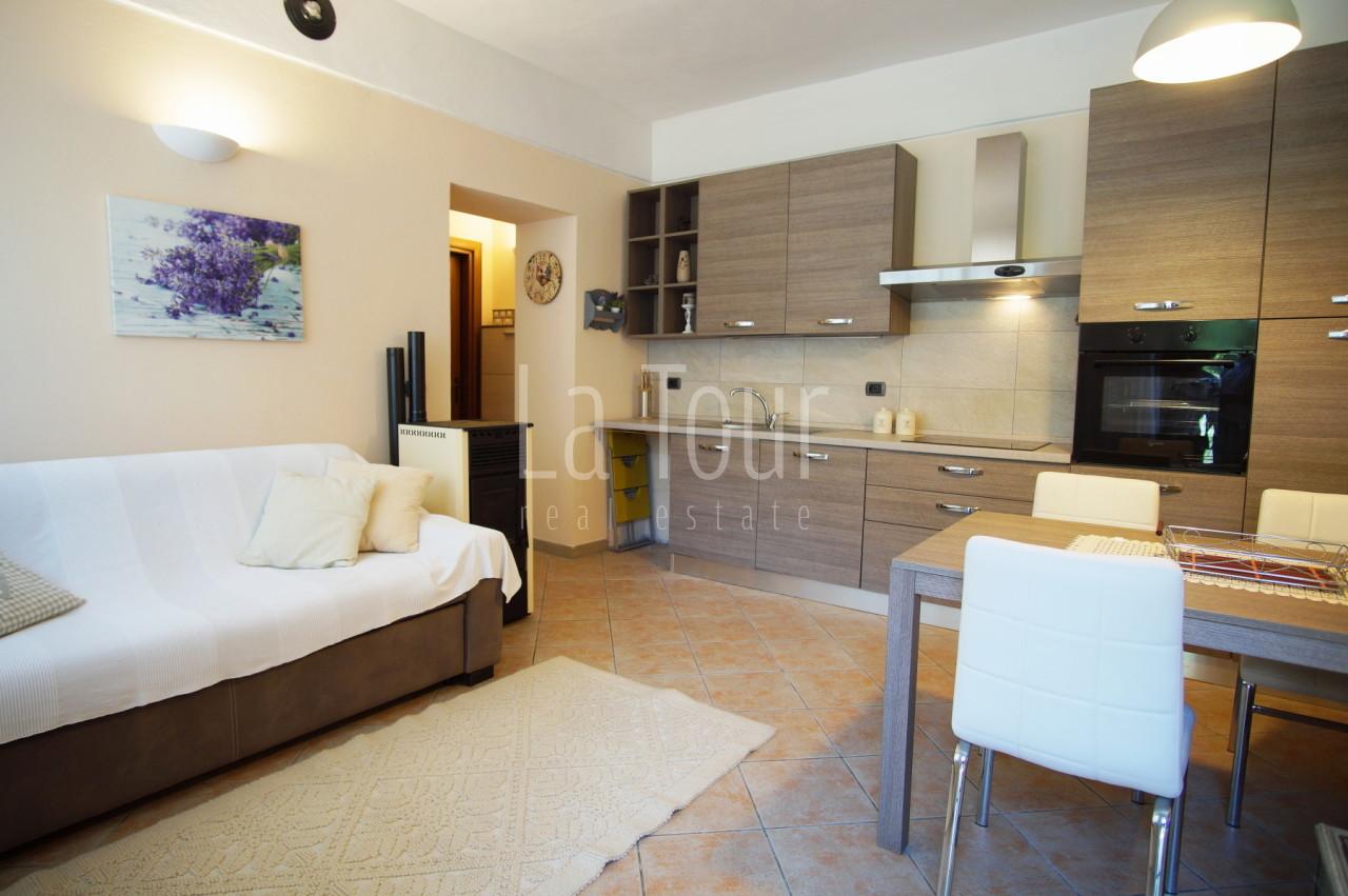Appartamento in vendita a Antey-saint-andré (AO)