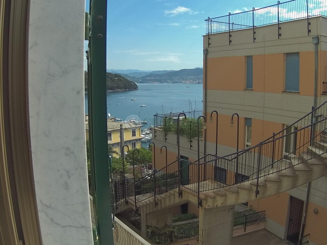 Appartamento in vendita a Portovenere, 4 locali, prezzo € 365.000   Cambio Casa.it