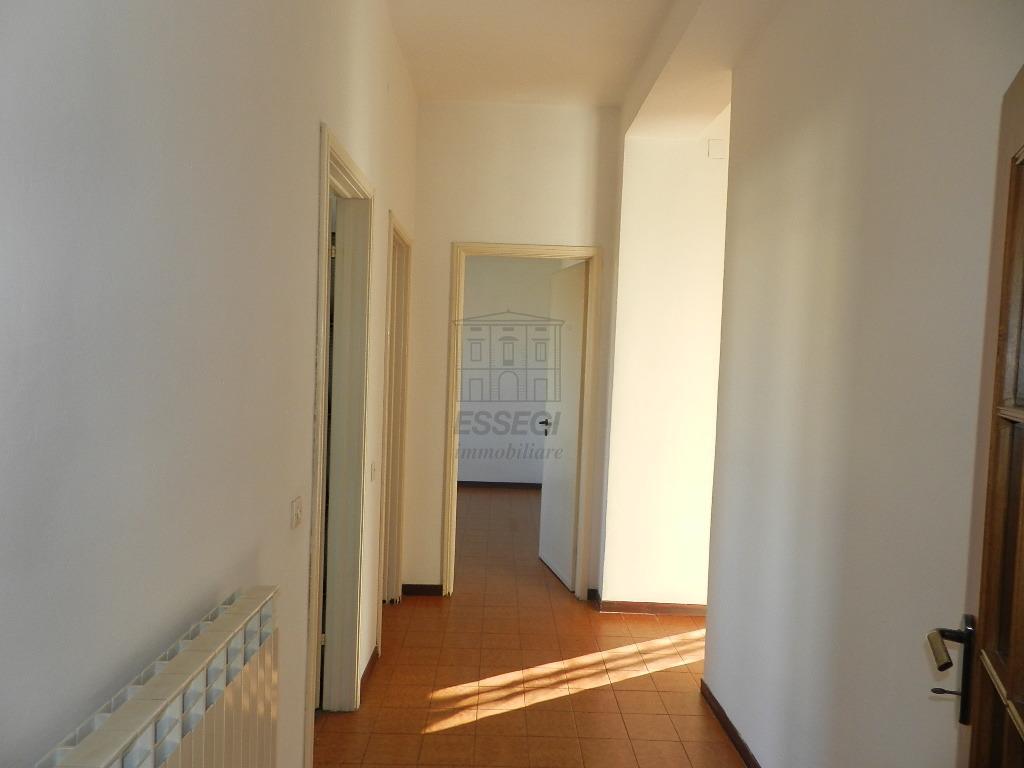 Appartamento Lucca S. Anna IA03065 img 8