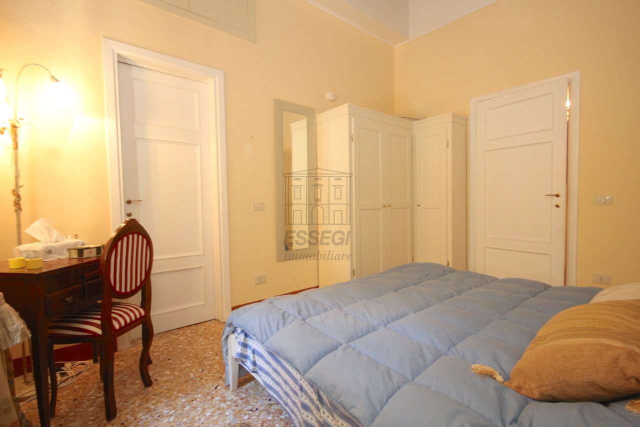 Appartamento Lucca Centro storico IA03340 img 11