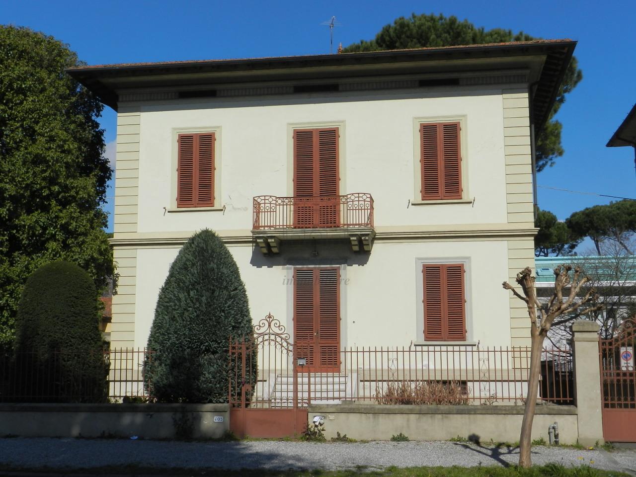 Villa antica Lucca Circonvallazione IA00986-1 img 3