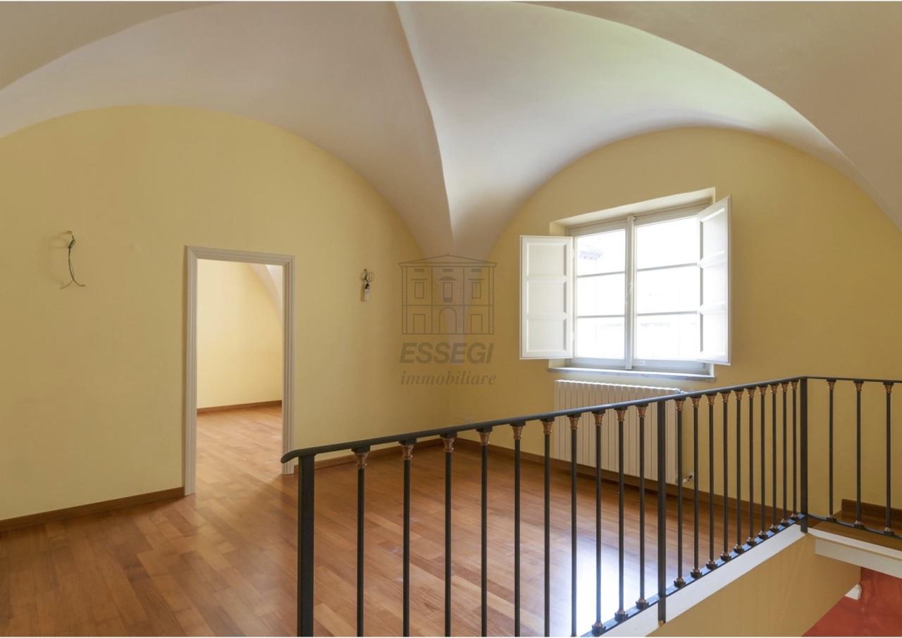Appartamento Lucca Centro storico IA02854 img 3