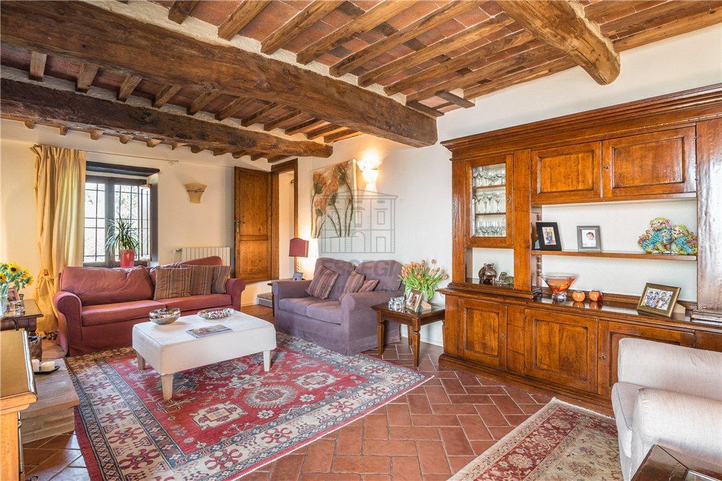 Casa colonica Capannori Matraia IA00564bis img 4