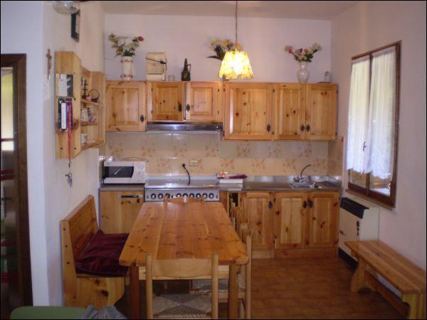 Appartamento in vendita a Pove del Grappa, 3 locali, prezzo € 70.000 | Cambio Casa.it