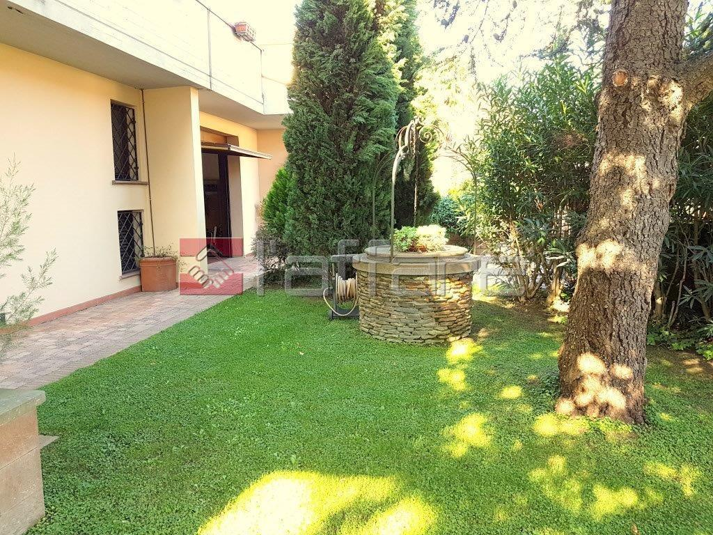 Soluzione Indipendente in vendita a Ponsacco, 6 locali, prezzo € 345.000 | Cambio Casa.it