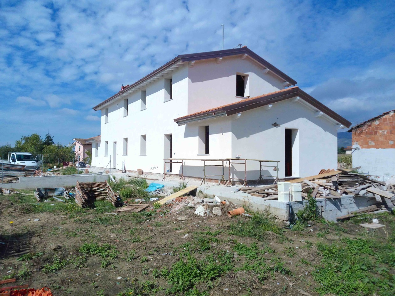 Soluzione Indipendente in vendita a Uzzano, 5 locali, prezzo € 240.000 | Cambio Casa.it