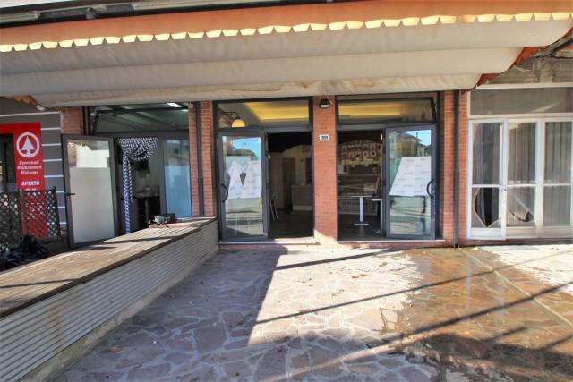 Vai alla scheda: Locale Commerciale Affitto - Cesena (FC) - Codice -3214