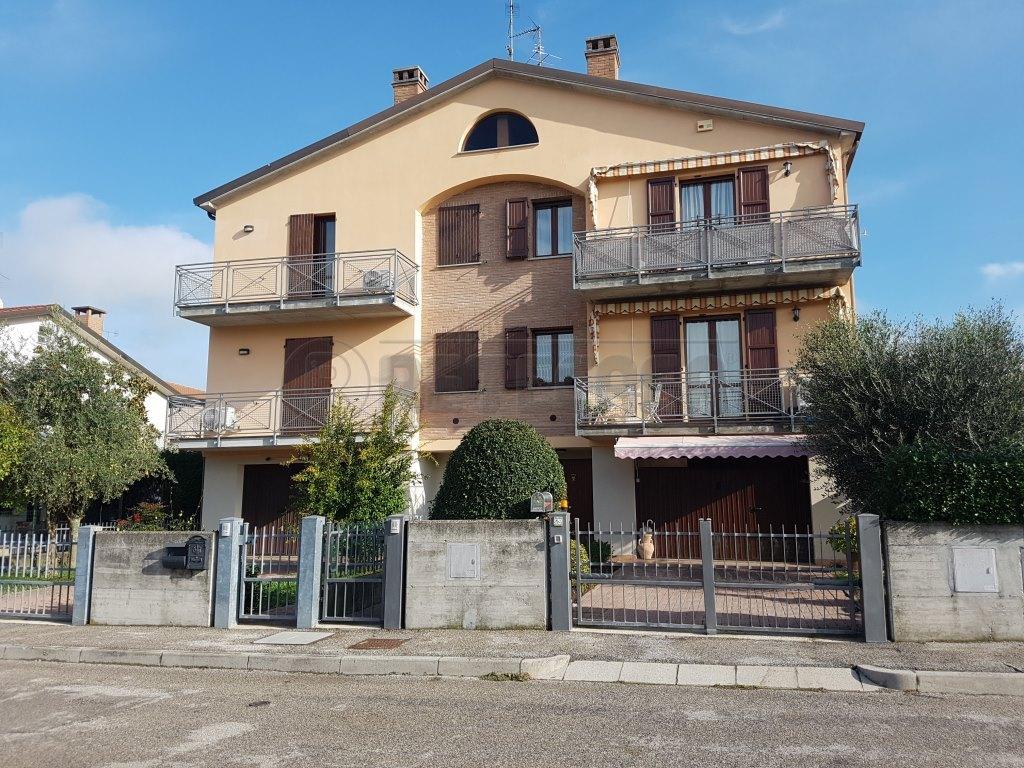 Foto 1 di Villetta a schiera Vigarano Mainarda