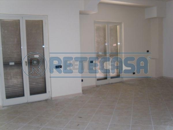 Ufficio / Studio in vendita a Mercato San Severino, 4 locali, prezzo € 240.000 | Cambio Casa.it