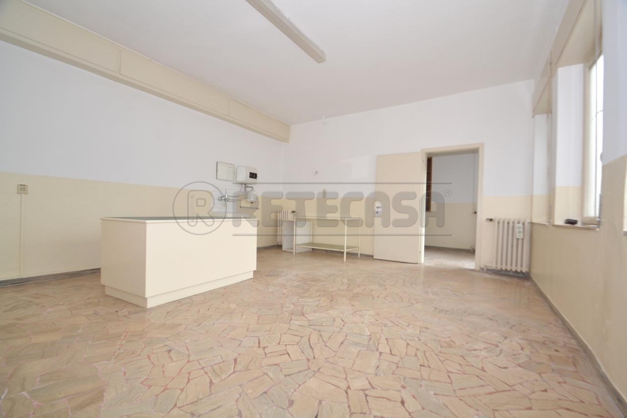 Ufficio / Studio in affitto a Valdagno, 9999 locali, prezzo € 230   Cambio Casa.it