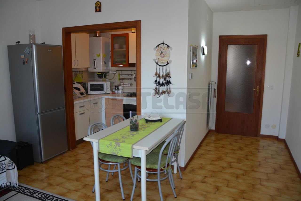 Bilocale Cervignano del Friuli Via Roma  52 3