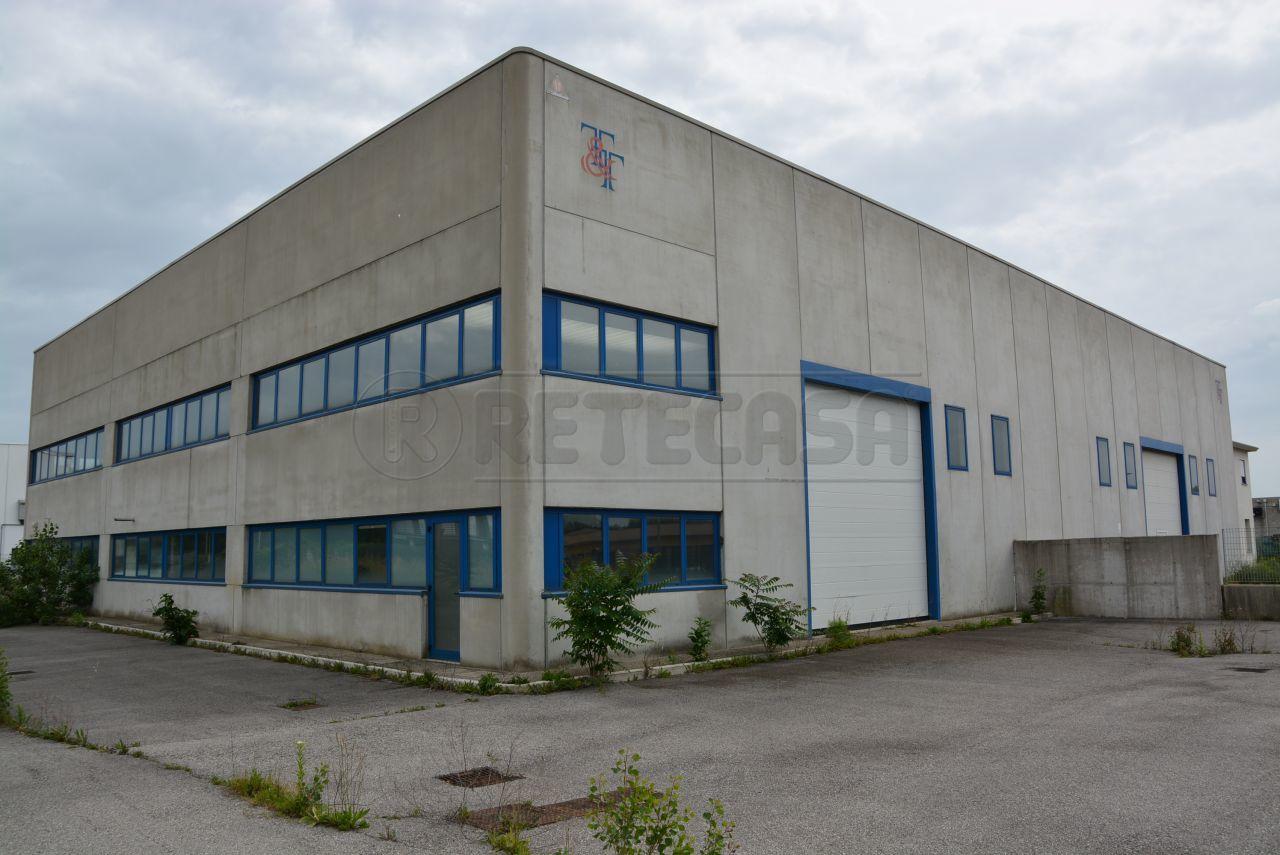 Capannone in vendita a Gorizia, 6 locali, Trattative riservate | Cambio Casa.it