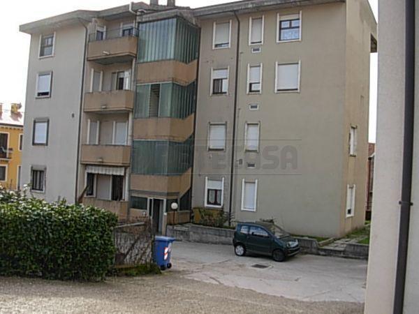 Appartamento in vendita a Roncà, 9999 locali, prezzo € 75.000 | Cambio Casa.it