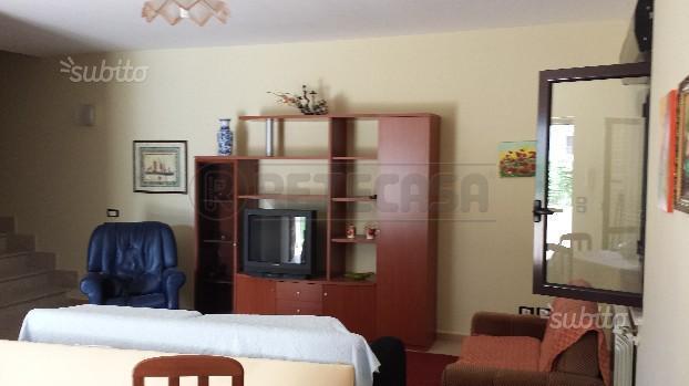 Villa unifamiliare in vendita - 210 mq