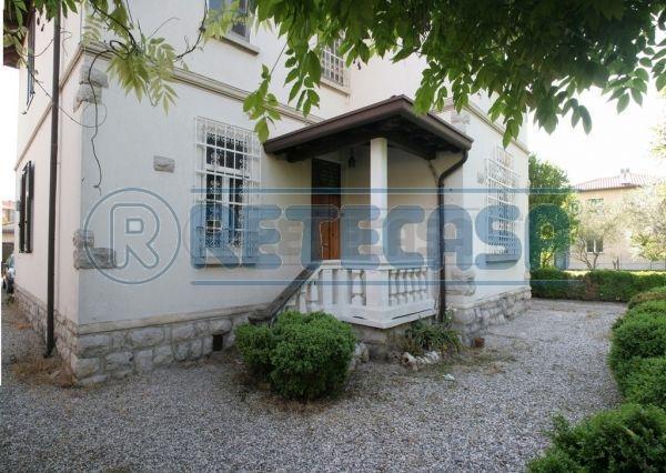 Villa in Vendita a Ronchi dei Legionari