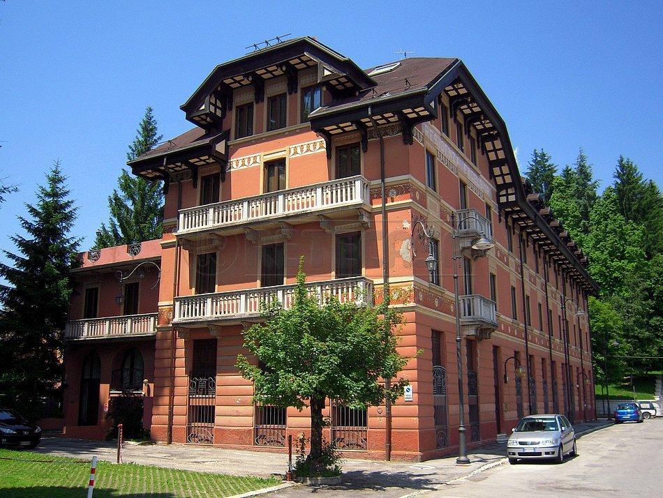Appartamento in vendita a Asiago, 3 locali, prezzo € 98.000 | Cambio Casa.it