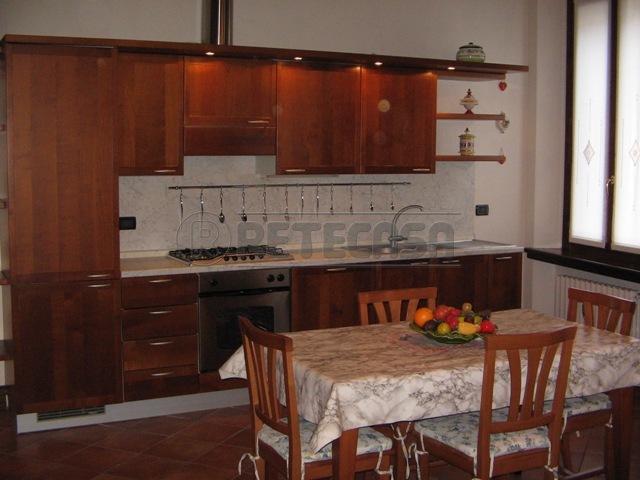 Appartamento in affitto a Mantova, 9999 locali, prezzo € 480   Cambio Casa.it