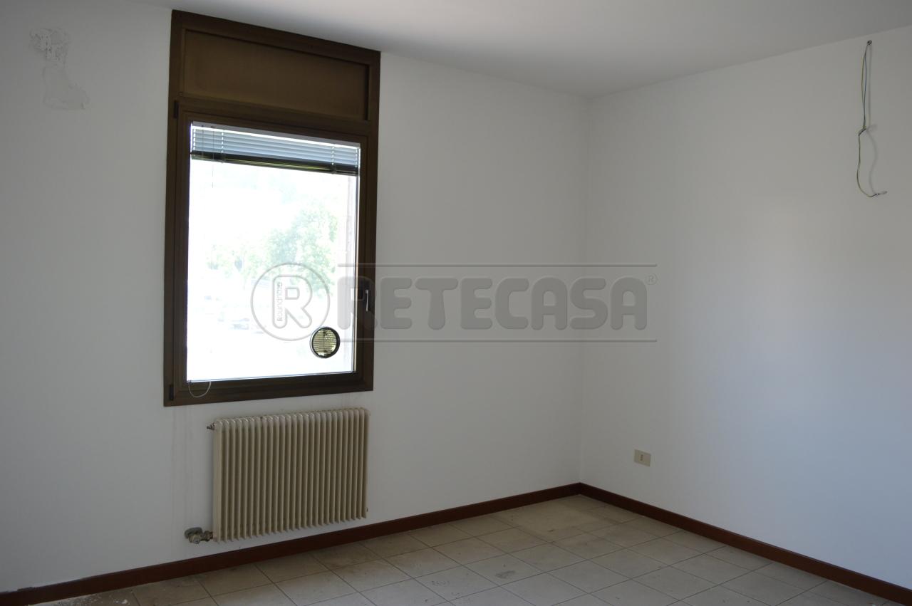 Ufficio / Studio in Affitto a Arzignano